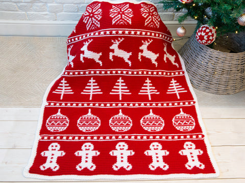 My Favorite Things Christmas Blanket Crochet Along in Deramores Yarn