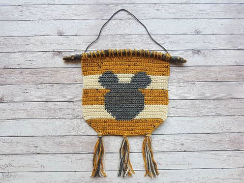 Mouse Wall Hanging Crochet Kit and Pattern