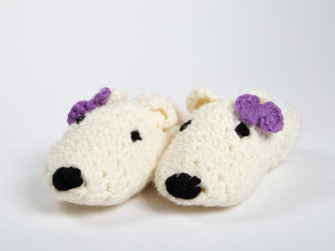 Polar Bear Slippers by Zoë Potrac Crochet Kit and Pattern in Hayfield Yarn