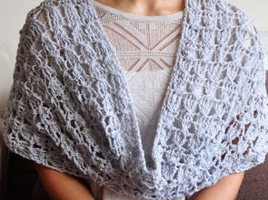The Classic Cowl Crochet Kit and Pattern in Scheepjes Yarn