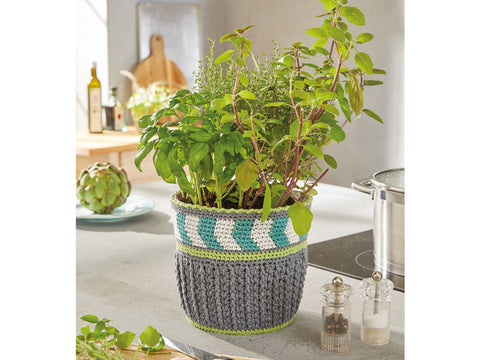 Plant Pot Cover in Patons Summer Cotton