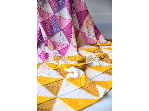 Origami Blanket MAL by Haak Maar Raak in Scheepjes Metropolis and Scheepjes Colour Crafter