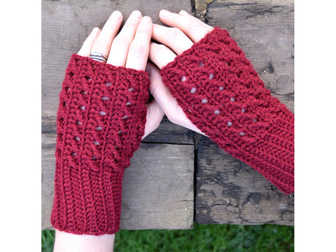 Winter Silk Mitts Crochet Kit and Pattern in Deramores Yarn