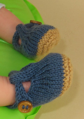 Baby T Bar Sandals by MadMonkeyKnits (582) - Digital Version