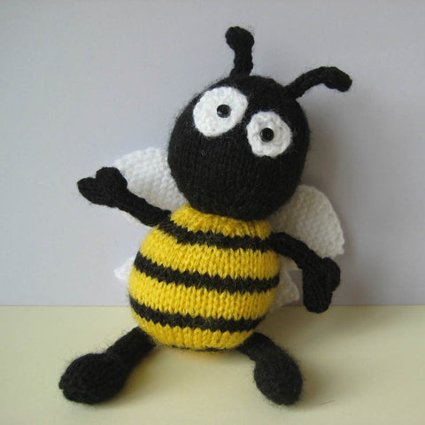 Bumble the Bee in DK by Amanda Berry - Digital Version