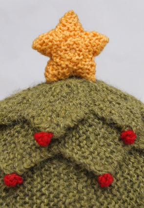 Christmas Tea Cozy by Sue Stratford in Deramores Studio DK