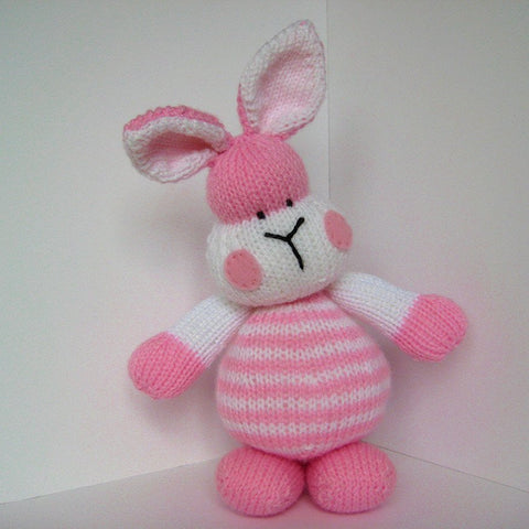Marshmallow Bunny in DK by Amanda Berry - Digital Version
