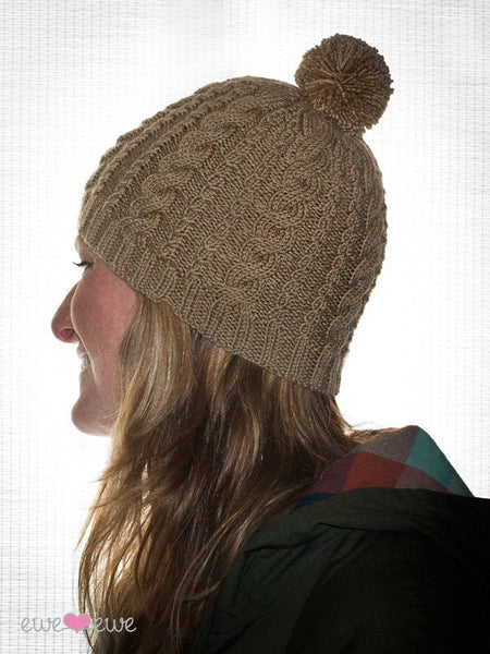 Downhill Diva Cable Cap in Ewe So Sporty Merino (402)