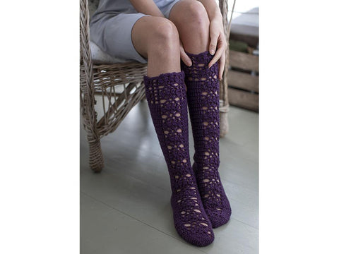 Novita Aronia Patterned Crochet Socks in Veljesta 7