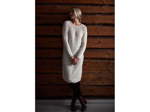 Women's Knitted Dress in Novita Venla