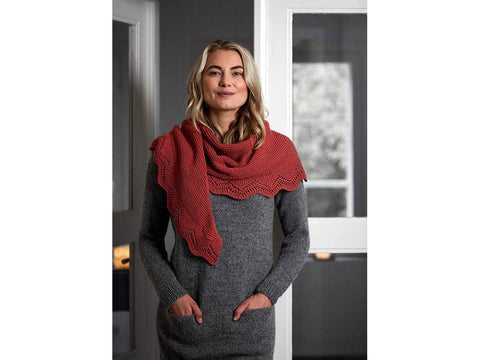 Knitted Shawl in Novita Wool Cotton
