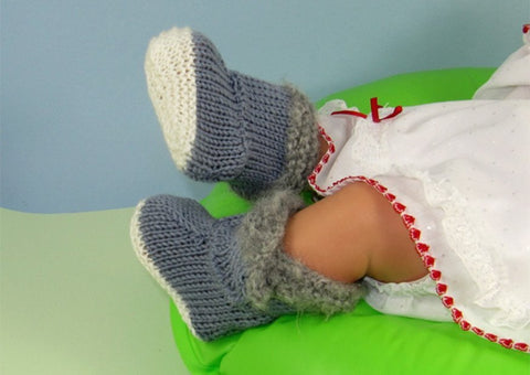 Baby Fur Top Booties by MadMonkeyKnits (622) - Digital Version