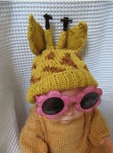 Big Ears Giraffe Hat by MadMonkeyKnits (3) - Digital Version