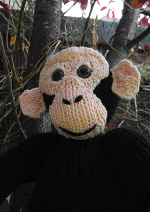 Chesney the Chimpanzee by MadMonkeyKnits (21) - Digital Version
