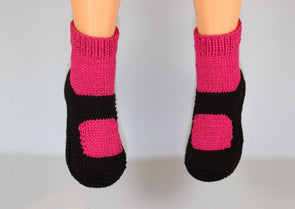 Childrens Sock Slippers by MadMonkeyKnits (1022) - Digital Version