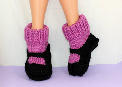 Childrens Superfast Rib Cuff Sock Slipper by MadMonkeyKnits (1033) - Digital Version