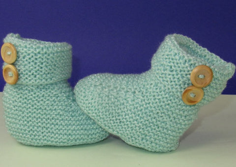 Easy Baby 2 Button Garter Stitch Booties by MadMonkeyKnits (818) - Digital Version