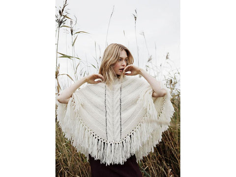 Women's Knitted Poncho in Novita Natura
