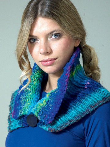 Turn Back Collar in Noro Kureyon Air