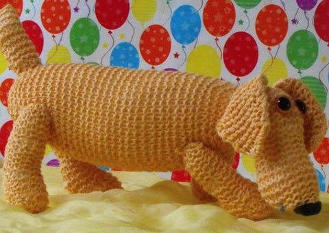 Nursery Sammy Sausage Dog by MadMonkeyKnits (0004) - Digital Version