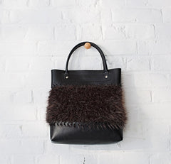 Furry Bag in Bergere de France Abakan and Ideal (700.19)
