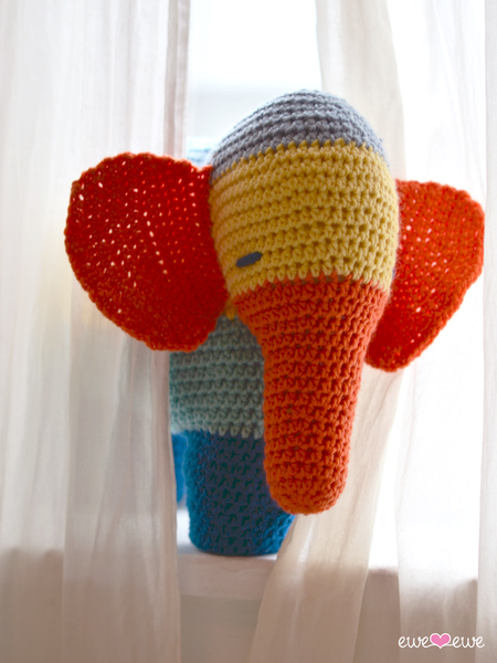 Patches the Elephant in Ewe Wooly Worsted (244)