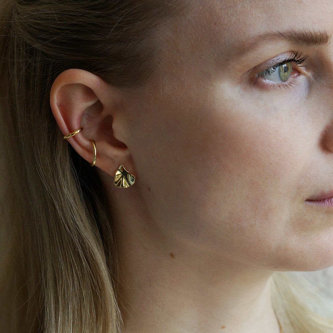 EARRINGS #03 (GOLD) - KNOK STORE
