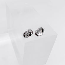Lade das Bild in den Galerie-Viewer, EARRINGS #02 (SILVER) - KNOK STORE