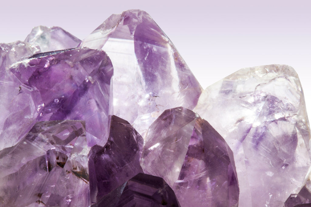 Amethyst Facial Roller - Background - Use on the face