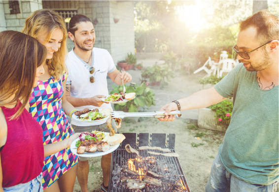 5 Ways to Use Essential Oils at the BBQ Party!