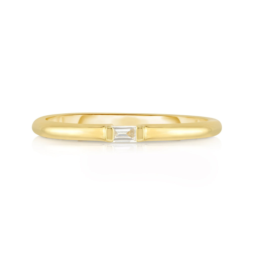 Single Baguette Diamond Ring