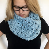 Chunky Lace Cowl | PREMIUM