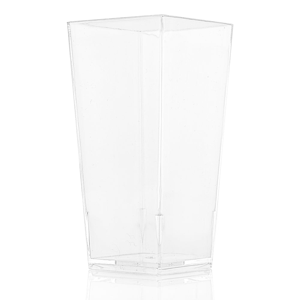 clear plastic dessert cup