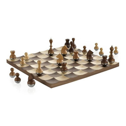 Wobble Chess Set Walnut