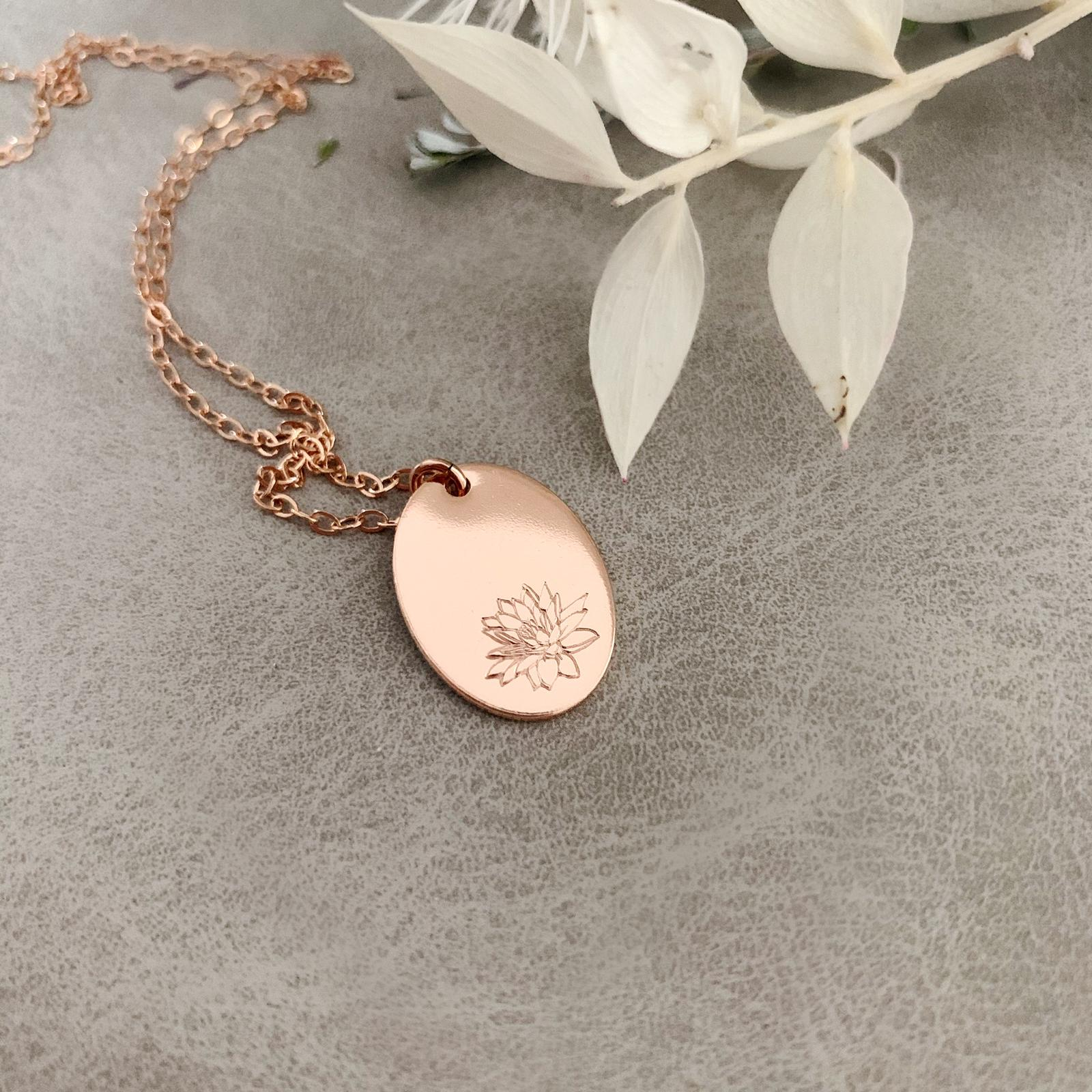 Birth Flowers Necklace - 1 Flower - Oval Disc