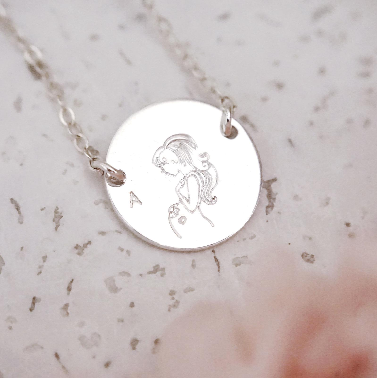 Pregnant Mama Disc Necklace - Large Disc