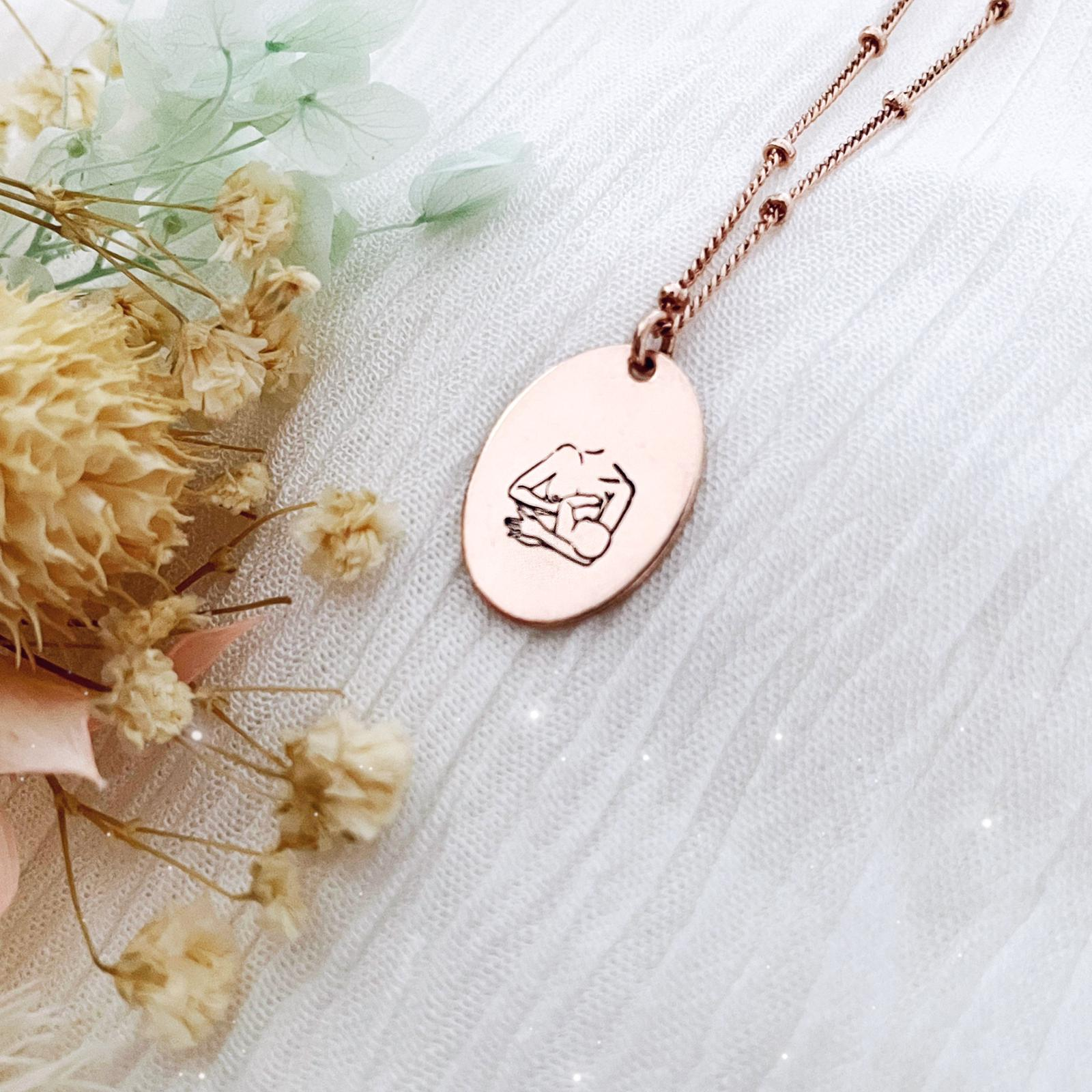 Breastfeeding Mama Necklace - Oval Disc