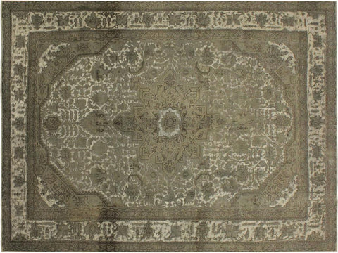 "A09430, 7' 8"" X 11' 0"",Vintage                       ,8' x 11',Grey,IVORY,Hand-knotted                  ,Pakistan   ,100% Wool  ,Rectangle  ,652671177644"
