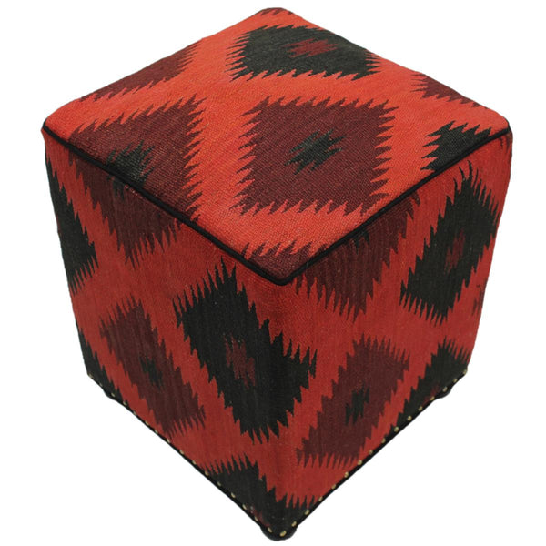 P02180,Traditional                   ,,Red,BLACK,Hand-made                     ,Pakistan   ,100% Wool  ,Rectangle  ,652671220074