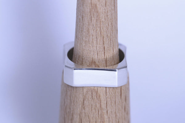 Concave Square Ring
