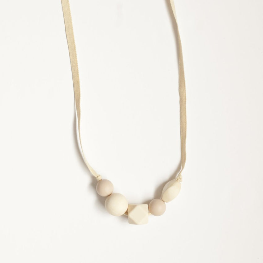 The Millie - Teething Necklace // Cream + Oatmeal