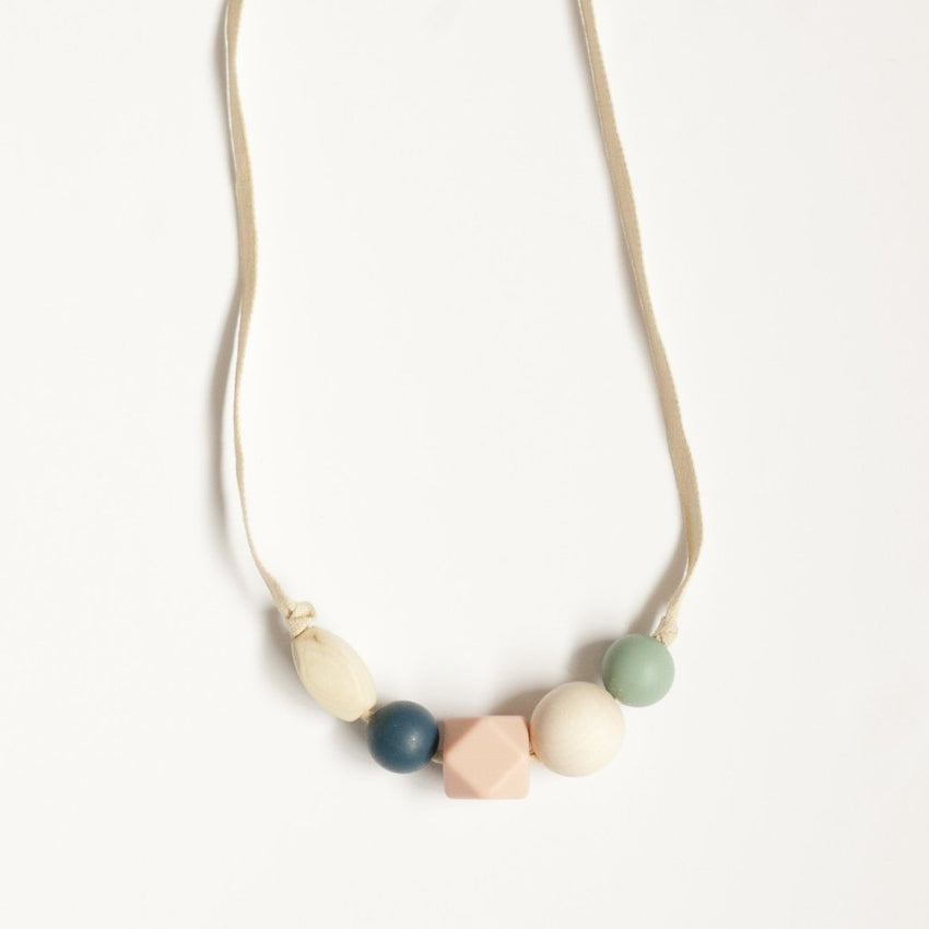 The Millie - Teething Necklace // Midnight + Sea Glass
