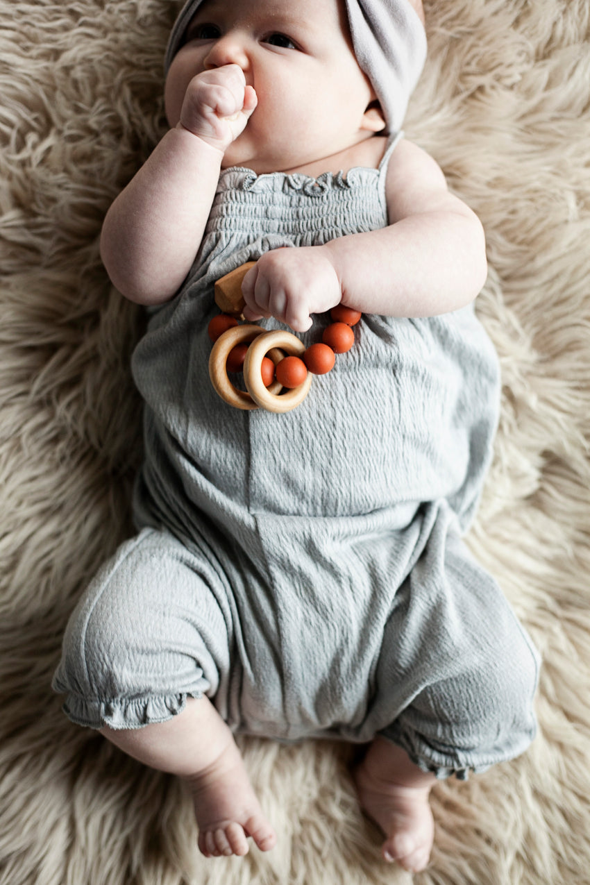 The Henry - Teething Ring // Ginger
