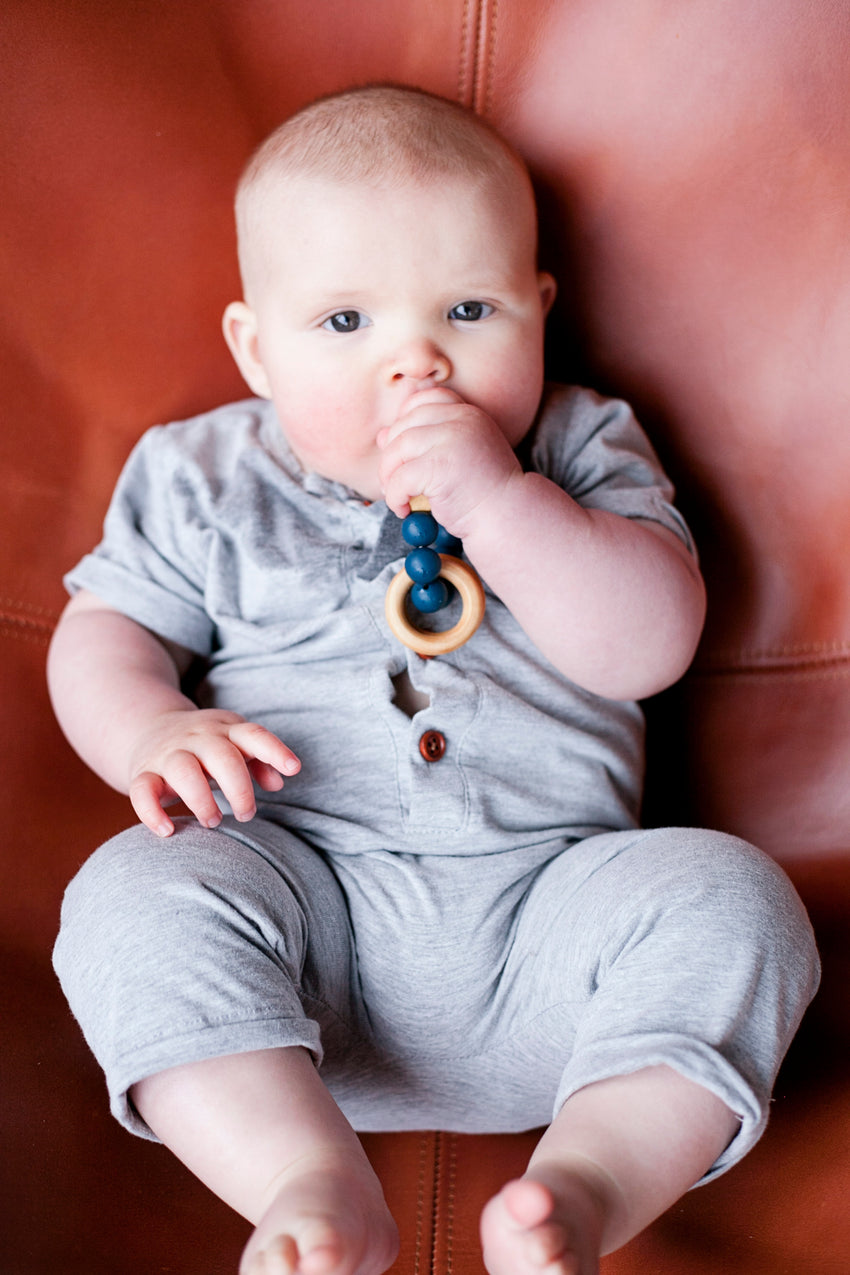 The Henry - Teething Ring // Midnight