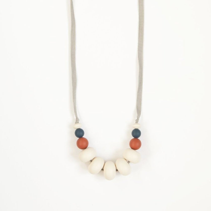 The Ellis - Teething Necklace // Midnight + Ginger