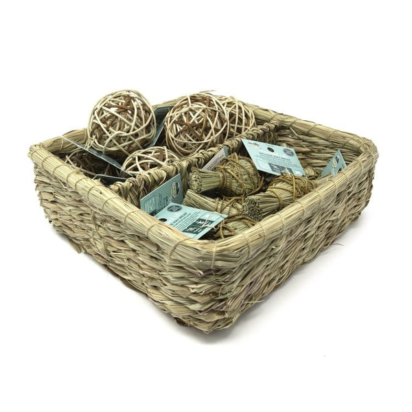 OXBOW Deluxe Hay Wrap & Rattan Ball Basket