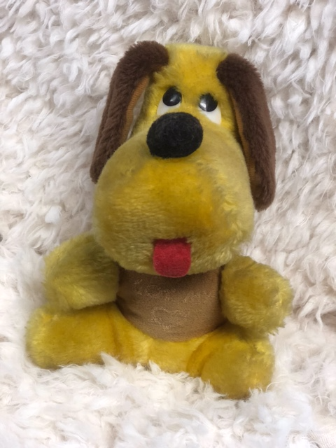 Vintage 1979 Wallace and Bernie & Co Toy Dog