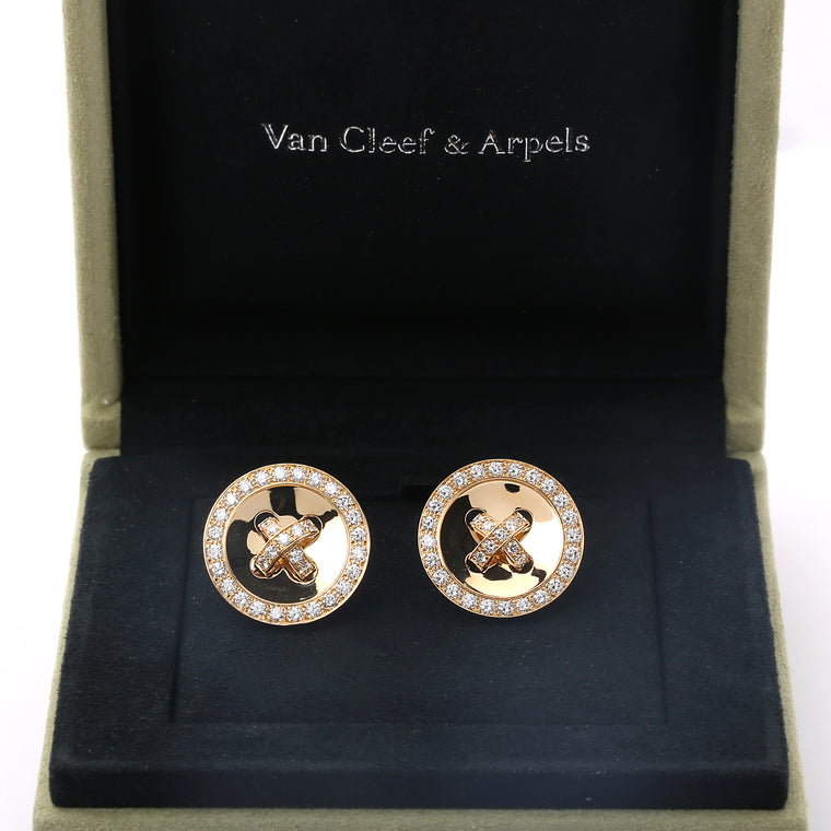 18k yellow gold and diamonds Van Cleef & Arpels Button Boutonnière earrings