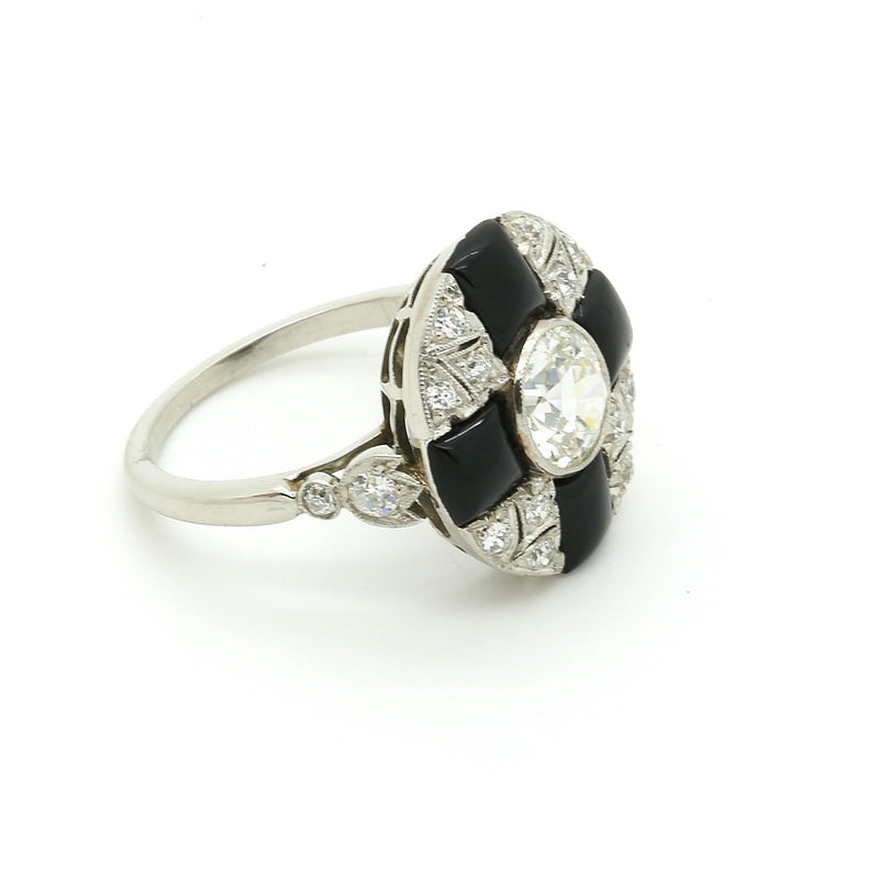Antique Art Deco Cluster Ring in Platinum, 1.09 ct center Diamond & Onyx. EGL - Terrafinejewelry