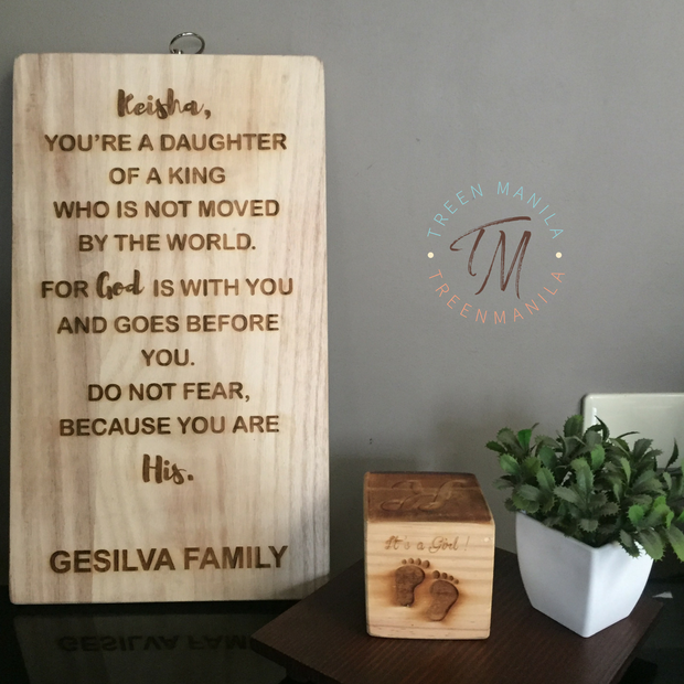 "Personalized ""Daughter/Son of a King"" Board"